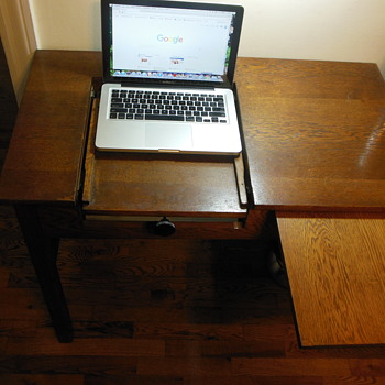 Type Writer Desk