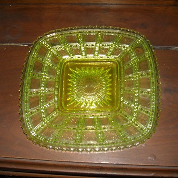 Imperial Glass Vaseline Beaded Block Plate