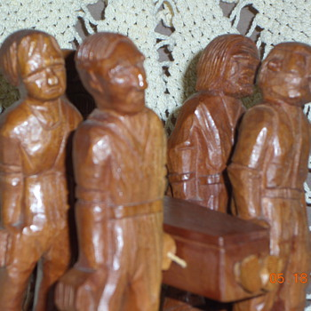 Folk Art wood carved Grave diggers and deceased. Removable pieces. - Folk Art