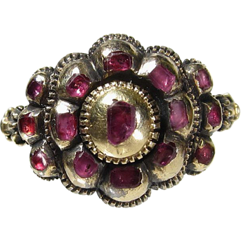 Mysterious Antique Gold Ring With Rubies - Fine Jewelry