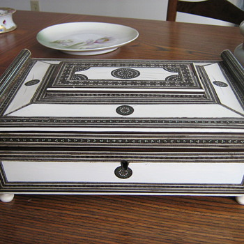 Antique Sadeli Anglo-Indian Inlaid Ivory, Jade, and Silver Sewing Box.