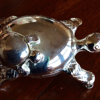 Tortoise ex brooch