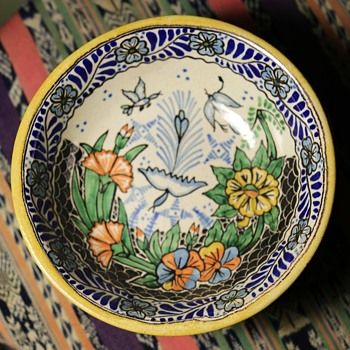 Puebla Talavera Bowl - Art Pottery