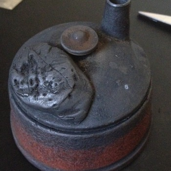 Antique Cast Iron Ink Well??