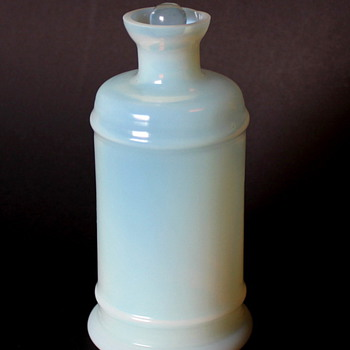Help with Milk Glass Bottle- please - Bottles