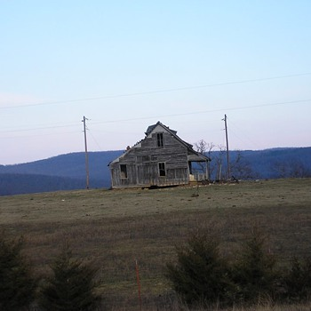 Abandoned house - Photographs
