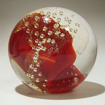 "GLASS EYE STUDIO ( GES) Paperweight --- ""Red 1999"""