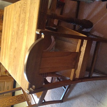 Vandyke Oak dining set with four chairs