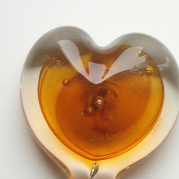 Beautiful Glass Heart signed D. Hopkins 07 - Art Glass