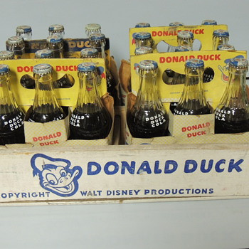 DONALD DUCK COLA CASE - Bottles