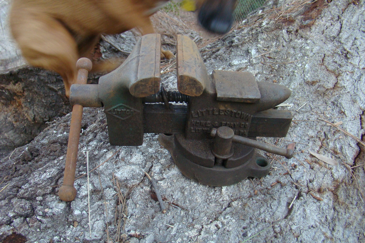 Littlestown Hardware Amp Foundry Co Bench Vise 112 Collectors Weekly