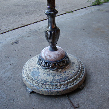 Show & Tell - Antique and Vintage Floor Lamps | Collectors Weekly:floor lamp old... ...,Lighting