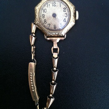 Mystery Watch I dug up  - Wristwatches