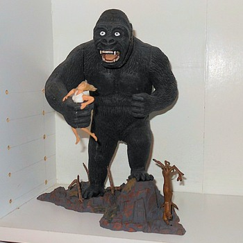 King Kong Aurora Monogram Luminator kit. - Toys
