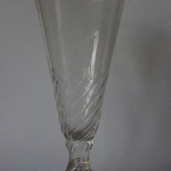Wrythen Ale Glass - Art Glass