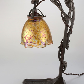 Loetz Phänomen Genre 85/3839 Art Glass Lamp