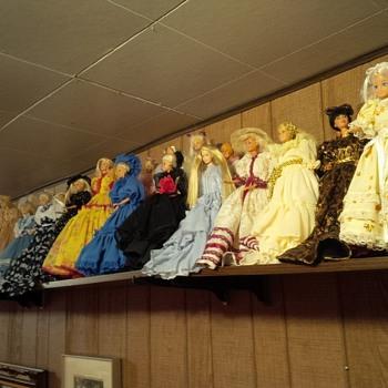 Extensive Doll (Toys, Barbies, Porcelain, Antique, Beanies, Accessories, etc) Collection - Dolls