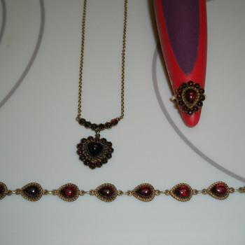 1930's/40's Garnet Jewelry