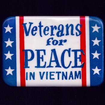 Veterans for PEACE in VIETNAM pinback button - Medals Pins and Badges