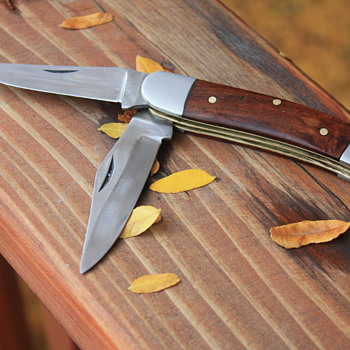 UNBRANDED 2-BLADED TRAPPER-Style JACK KNIFE