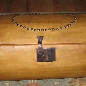 Early 1800's Round Leather Covered Trunk - Furniture