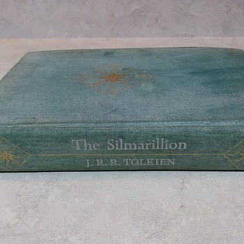 J. R. R. TOLKIEN SILMARILLION  FIRST EDITION