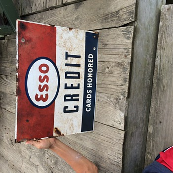 Esso sign - Signs