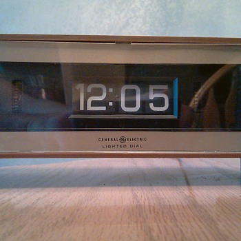 Retro G.E. Flip Clock