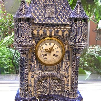 Delft Mantle Clock
