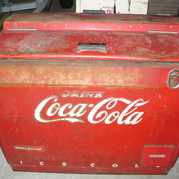 'Classic COCA COLA COOLER' Westinghouse Model WH-121.  - Coca-Cola