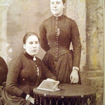 Cabinet Card Twins - Double Your Pleasure, Double Your Fun