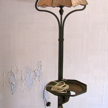 Antique Smoker's lamp?