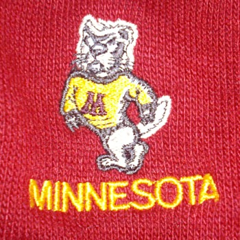 Vintage 1950&#039;s UofM Golden Gophers sweater. Like new!