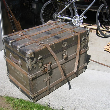Moosejaw Steamer Trunk
