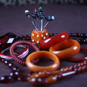 Red and orange bakelite and lucite - Costume Jewelry