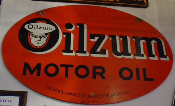 Oilzum motor oil sign the white bagley co worcester for Weight of motor oil