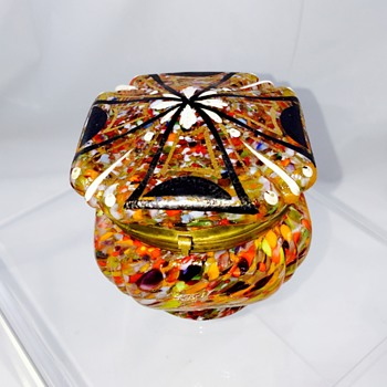 Czech Deco Spatter Enamelled Maltese Cross Dresser Box