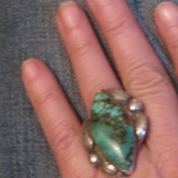 Big turquoise ring - new?
