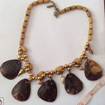 Antique shell and pearl necklace