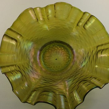 Favrile dish. Need help  - Art Glass