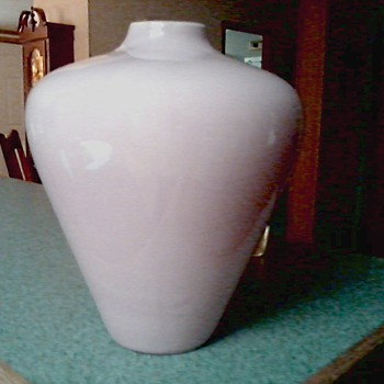 "Large Haeger ""Deco"" Style Vase #4444 / Original Label  / Circa 1990 - Art Pottery"