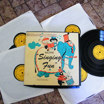 "More Singing Fun 10"" record set"