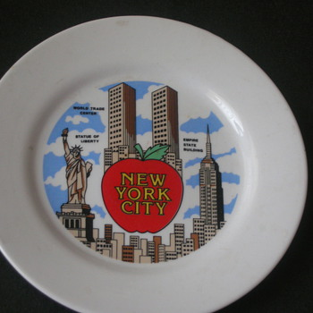 New York Original Skyline( decorative saucer) - China and Dinnerware