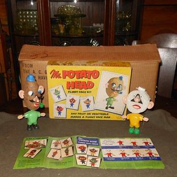 The Original Mr Potato Head 1952  With Real Potato - Toys