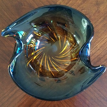 Mystery submerged glass bowl