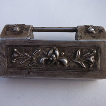 Unknown Chinese Sterling Box