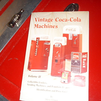 old coke machine - Coca-Cola
