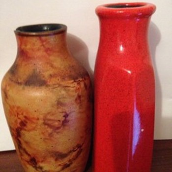 Help to identify this 2 different bottles  - Art Pottery