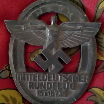 Nazi Badge1939 and medal.