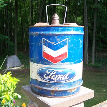 Chevron & Ford Oil Can - Petroliana